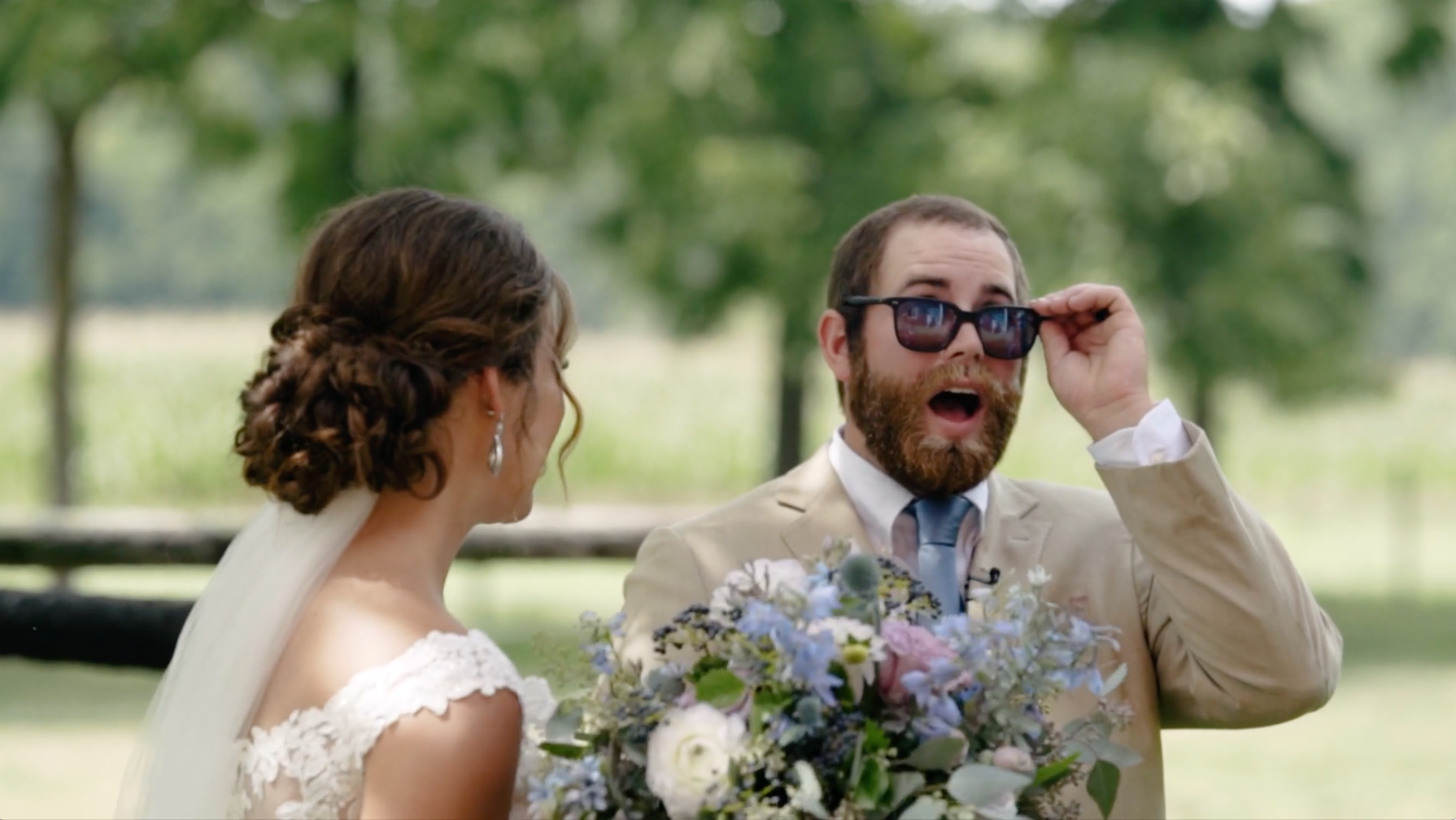 Colorblind groom receives colorblind glasses as wedding gift